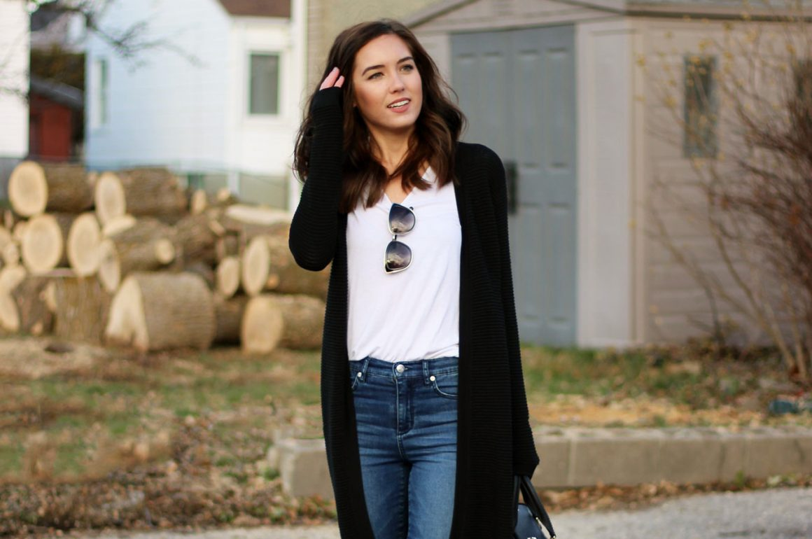 7-Ways-to-look-Slimmer-Layered-outfit
