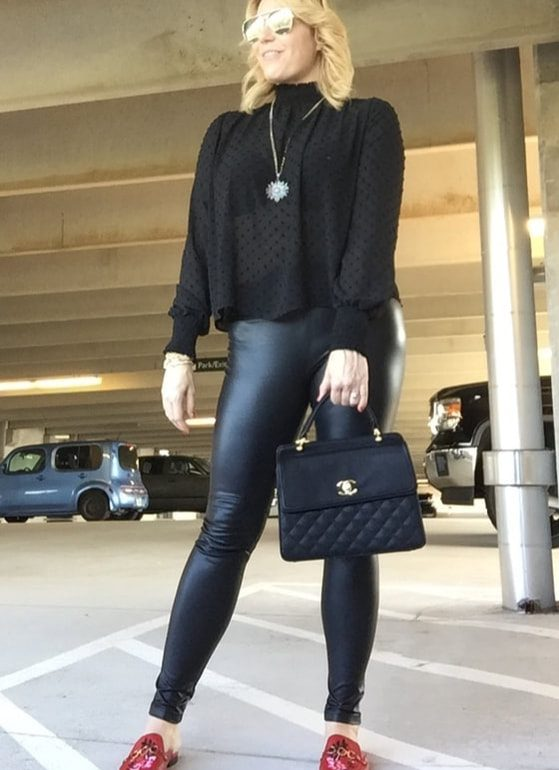 Blogger Highlight – Five Tips on Creating Your Feminine Professional Style